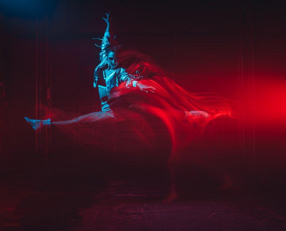 long exposure dance movement